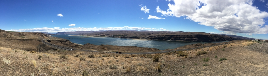 Columbia River Gorge pano